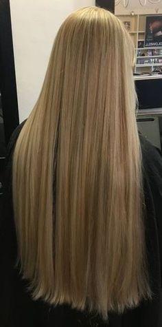 Perfect Blonde Hair, Dark Blonde Hair, Blonde Hair Looks, Hair Inspo, Hair Inspiration, Champagne Hair, Long Hair Tips, Alternative Hair, Cut My Hair