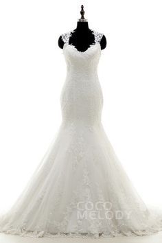 Romantic Queen Anne Dropped Train Tulle Ivory Sleeveless Wedding Dress with Appliques LWST15007