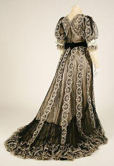 Robe. Maison de Worth (français, 1858-1956). Date1906.