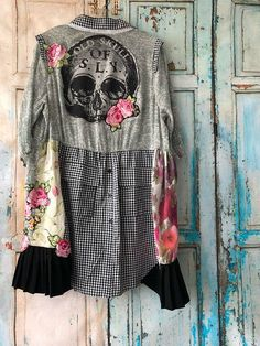 Home - Spot Pop Fashion Recycled Shirts, Recycled Clothing, Punk Fashion, Diy Fashion, Bohemian Shirt, Unique Dresses, Romantic Dresses, Denim Trends, Ladies Dress Design