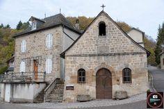 Le Village de Gimel les cascades, l'Eglise Saint-Pardoux et les vestiges du Château Limousin, Le Village, Les Cascades, Beaux Villages, Dordogne, Saint, Photos, Mansions, House Styles