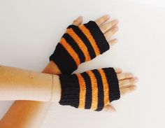 Black and orange knitted mittens Halloween by HelenKurtidu on Etsy, Fingerless Gloves, Arm Warmers, Mittens, Orange, Halloween, Trending Outfits, Unique Jewelry, Handmade Gifts, Etsy