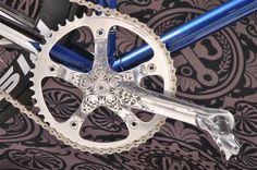 custom bicycle parts Bicycle Art, Bicycle Design, Mtb, Grand Art, Bike Details, Pedal, Fixed Gear Bike, Tecno, Cycling Bikes
