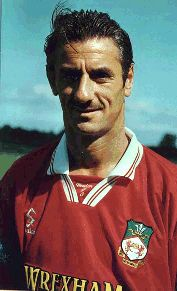 Ian Rush, Wrexham FC (1998–1999, 17 apps, 0 goal)
