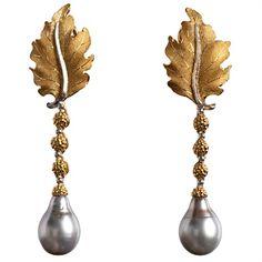 Artigianato di Canélie: orecchini d'oro e perle.