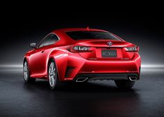 Lexus RC 300h : le coupé hybride commercialisé début 2015