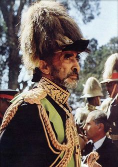 Il reggae non può però essere considerato solo un puro genere musicale, ad esso si associano la religione rastafari, che ha radici in Africa e in particolare nell'Etiopia guidata dall'imperatore Hailé Selassié
