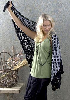 The Dehli Shawl - free crochet design by Kim Guzman! I love the border!!!