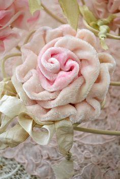 velvet ribbon rose  Jennelise: Meadow Street Roses
