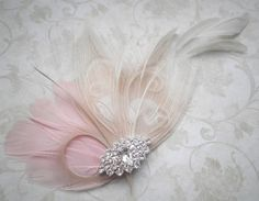 this is so pretty and dainty. I can see it looking fabulous for a weddding.