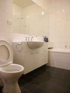 Échale un vistazo a este increíble alojamiento de Airbnb: Designer Apartment…