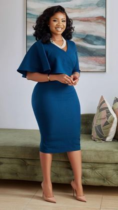 Classy Work Outfits, Classy Dress, Chic Outfits, Fashion Outfits, Latest African Fashion Dresses, African Dresses For Women, African Print Fashion, African Print Dress Designs, Lace Gown Styles
