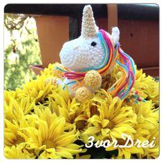 Flower power unicorn crochet pattern