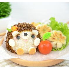 An adorable little hedgehog bento! Almost makes me wish lunch was huggable,, but I think I'd still just eat it instead. -w-