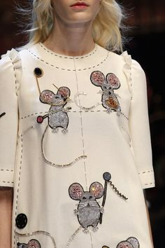 Whimsical dress with crystal embellished mice; playful fashion details // Dolce & Gabbana Fall 2016