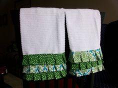 Ruffle Kitchen Towel-green polkas via CampSis on Etsy