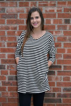 S M L UMGEE BLACK/WHITE LOOSE FIT STRIPED TUNIC WITH SIDE POCKETS - FREE US SHIP #umgeeusa #Tunic #Casual