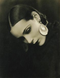 Dolores del Río (August 3, 1905 in Durango, Mexico – April 11, 1983 in Newport Beach, California) was a Mexican film actress. She was a star in Hollywood in the 1920s and 1930s, being one of the most important female figures of the Golden Age of Mexican cinema in the 1940s and 1950s.