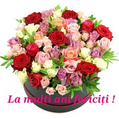 Unusual Flowers, Beautiful Flower Arrangements, Love Flowers, Beautiful Flowers, To Spoil, Flower Boxes, Love Is Sweet, Floral Wreath, Roses