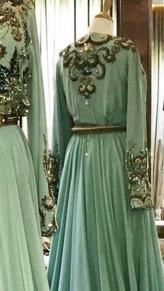Modèle De Caftan, Mode Femme, Broderie, Haute Couture, Style Caftan, Robe 16db2c250914