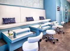 A retail interior design project that explores the trajectories of the public and the private, Sant'urbano Spa was designed to control and mitigate each user's experience through the very narrow space. Nail Salon Design, Nail Salon Decor, Beauty Salon Design, Retail Interior Design, Studio Interior, Pedicure Station, Home Salon, Pedicure Spa, Spa Design