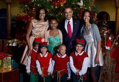 President Barak Obama & 1st Lady Michelle Obama With Malia & Sasha Obama.... Christmas 2012