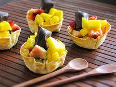 Salada de fruta na cestinha gourmet