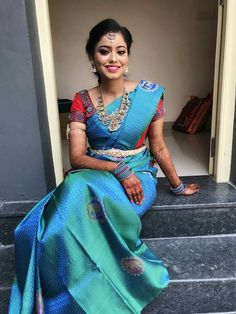 Beautiful South Indian Wedding Wear Idea :- AwesomeLifestyleFashion Different Culture have their own look and style and Kanjivaram and. Bridal Sarees South Indian, Wedding Silk Saree, Indian Silk Sarees, Blue Silk Saree, Red Saree, Art Silk Sarees, Cotton Saree, Wedding Saree Blouse Designs, Pattu Saree Blouse Designs
