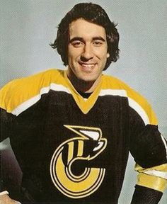 Mike Liut in the old uniform of the Cincinnati Stingers of the WHA. Mike is the cousin of Ron Francis.