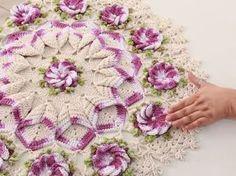 Passo a Passo centro mesa crochê com flor crista de galo do Marcelo Nunes