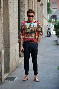 Flaunt yourself in this Red Print T-shirt, Black Chinos and a pair of Tan…