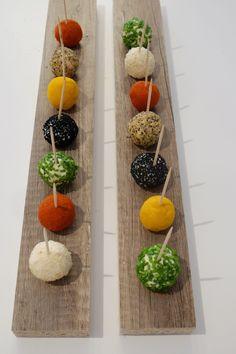 Kolorowe kulki serowe
