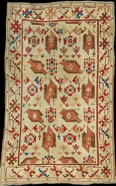 Bird Ushak rug, 17th century. published in Sovereign Carpets Bird Ushak rug, 17th century. published in Sovereign Carpets: Unknown Masterpieces from European Collections, by E. Concaro and A. Levi