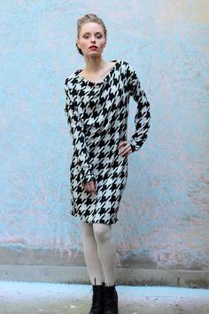 Asymmetrisches Hahnentritt-Muster Kleid von ManduTrap auf Etsy