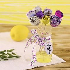 The best DIY projects & DIY ideas and tutorials: sewing, paper craft, DIY. Easy DIY video tutorial Easy-to-make DIY paper flowers. Paper Flowers Diy, Paper Roses, Diy Paper, Paper Crafts, Clever Diy, Easy Diy, Fun Diy, Cool Diy Projects, Craft Projects
