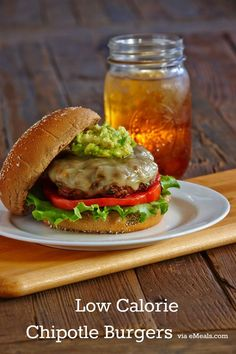 Low Calorie Chipotle Burgers will make your menu every week after you make them the first time! #lowcalorie #chipotle #burgers