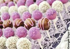 Delicious Cheesecake poppers for any occasion! Cheesecake Pops, Cakepops, Snack Recipes, Snacks, Yummy Cupcakes, Wedding Desserts, Cupcake Cakes, Sweets, Food