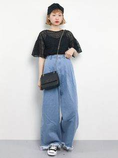 お出かけコーデ Mom Jeans, Japanese Style, Pants, How To Wear, Beauty, Fashion, Trouser Pants, Moda, Japan Style