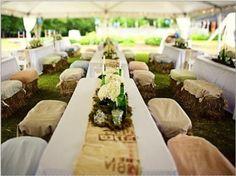 Mesas con camino de arpillera. Boda rústica