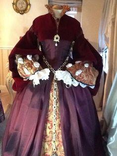 tudor gown gallery - Tudor Gowns -Tudor Dreams
