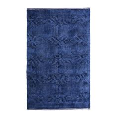 Designers+Guild+Roxburgh+Indigo+Rug+-+Geometric+cut+velvet+hand+tufted+looped+pile+rug+by+Designers+Guild. Channel+a+touch+of+restrained+glamour+into+your+home+interior+space+with+the+Designers+Guild+Roxburgh+Indigo+Rug. A+vivid+injection+of+indigo+blue,+this+unique+hand+tufted+rug+features+an+interlocking+geometric+pattern. Sumptuously+soft+underfoot,+Roxburgh+is+hand+tufted+from+cut+and+looped+pile+viscose. With+an+all-over+colour+pattern,+a+contrast+silver+border+completes+the+aesthet...