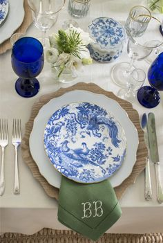 Five Tips for Effortless Entertaining with Brittany Bromley