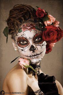 Make-Up Pics: Halloween Make-Up Ideas Zo mooi, daar kun je niemand mee laten schrikken.