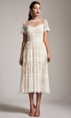 100 Wedding Gowns You'll Love! (Under $2,000)   The Perfect Palette Prom Dresses Online, Pageant Dresses, Plus Size Dresses, Short Dresses, Lace Dresses, Pretty Dresses, Full Gown, Gowns With Sleeves, Short Sleeves