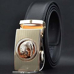 Mens Black Leather Belt With Automatic Buckle. Only at www.pandadeals.co.uk