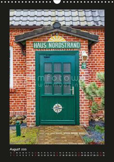 """Haus Nordstrand in Prerow. Monatskalender """"Türen - Meisterwerke aus Fischland, Darß und Zingst 2016"""" von Christian Müringer, Reise- und Naturfotograf"""