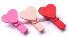 Heart wooden clips / Clips de corazón / Washi Tape en México, productos de manualidades, DIY y accesorios para fiestas / Party and DIY stuff ventas@washitapemexico.com www.washitapemexico.com