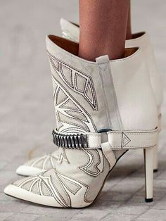 #booties #leather #white #marant