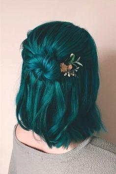 Hair Color Purple, Hair Dye Colors, Cool Hair Color, Purple And Green Hair, Hair Color Ideas, Dark Teal Hair, Emerald Green Hair, Blonde Hair With Blue Tips, Unique Hair Color