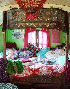 My Bohemian Home Gypsy caravan decor. I'd love to do this for my guest room. - Bohemian Home Gypsy Bohemian Gypsy, Gypsy Style, Bohemian Decor, Hippie Style, Boho Style, Bohemian Interior, Bohemian Clothing, Gypsy Wagon Interior, Bohemian Style Rooms
